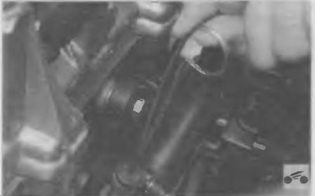 Указатель уровня масла в двигателе (щуп)