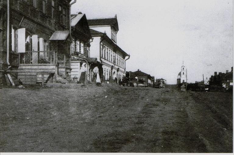 Вид с ул. Советская на Владимирский собор