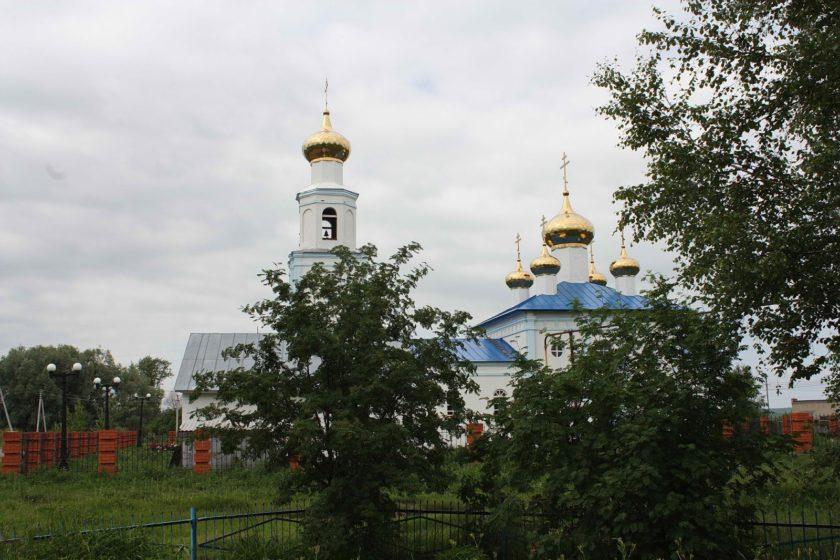 Храм в селе Чукалах