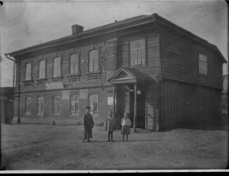 Дом Чикаевых