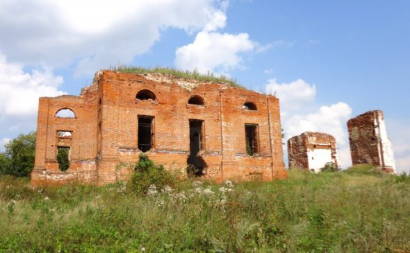 Храм Успения Пресвятой Богородицы в селе Еделеве