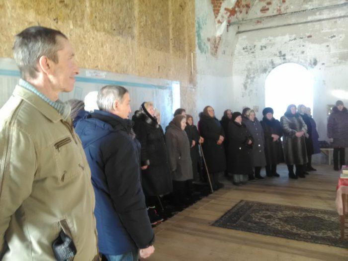 Прихожане храма в Кузьминке