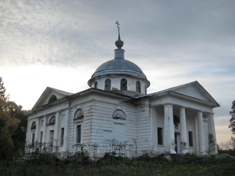 Иоанно-Предтеченский храм в Ветошкине