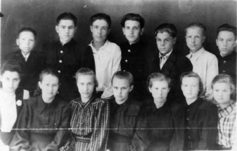 Выпуск школы № 4 1951 года